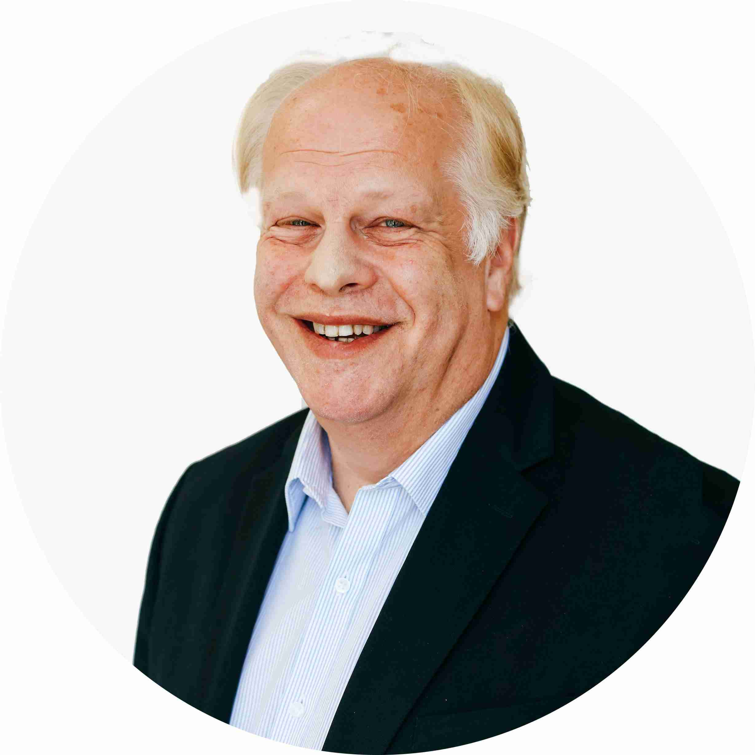 This image is a headshot of Dr Jeffrey Tobias, an expert in innovation, design thinking, customer centricity, customer experience, entrepreneurship, lean startup and more.